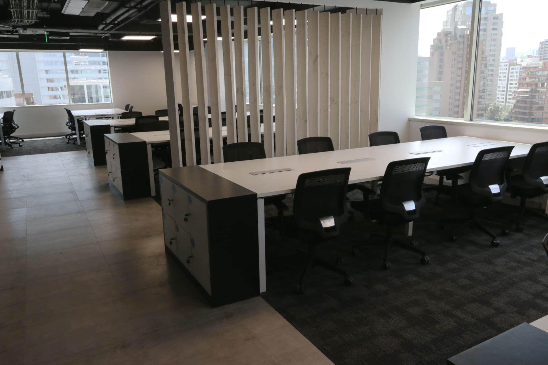 Cowork Latam muebles de oficina bench Santiago, Chile