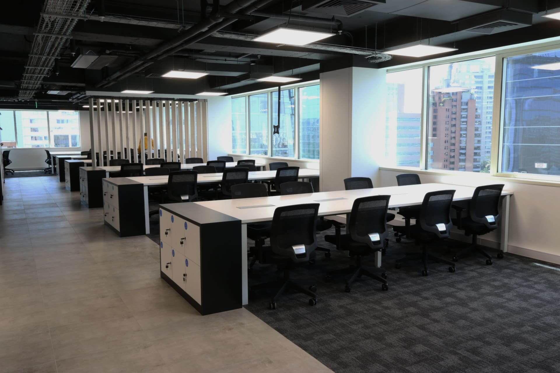 Cowork Latam muebles de oficina escritorios bench Santiago, Chile