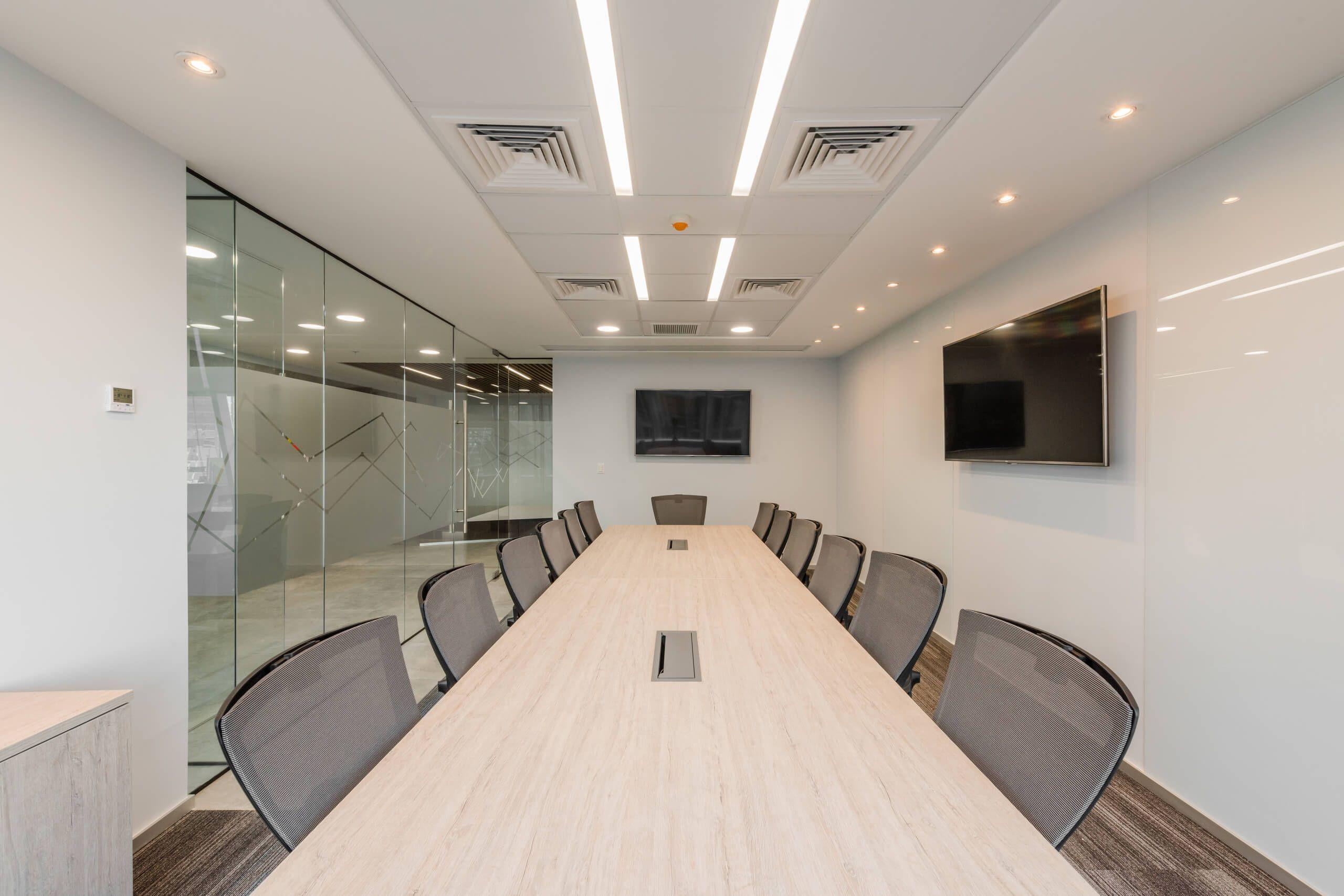Mesa de reunión Dunati para oficinas en Santiago,  Chile