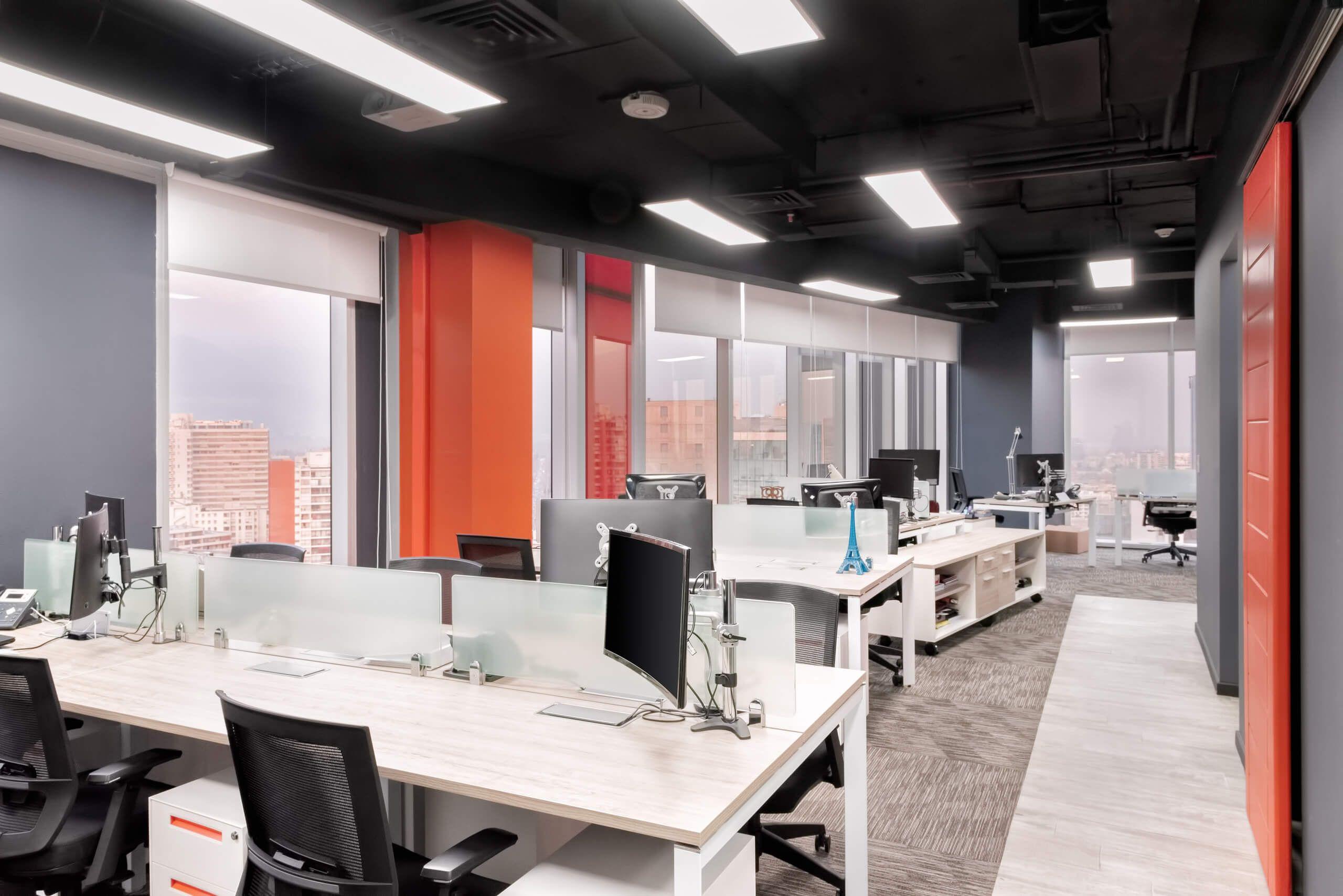 Te  i escritorios bench y sillas de oficinas en Chile