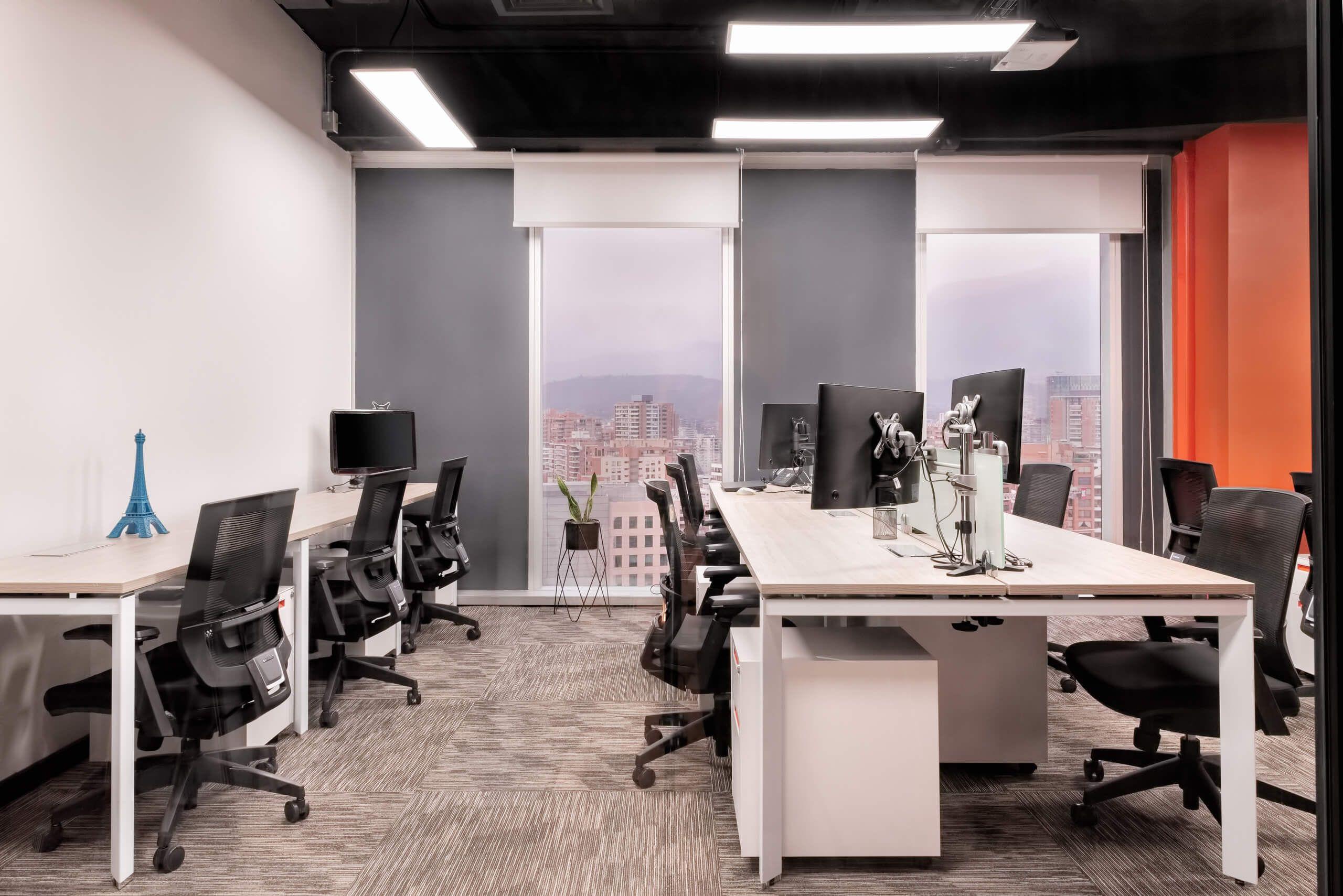 Te  i escritorios bench y sillas de oficinas en Santiago