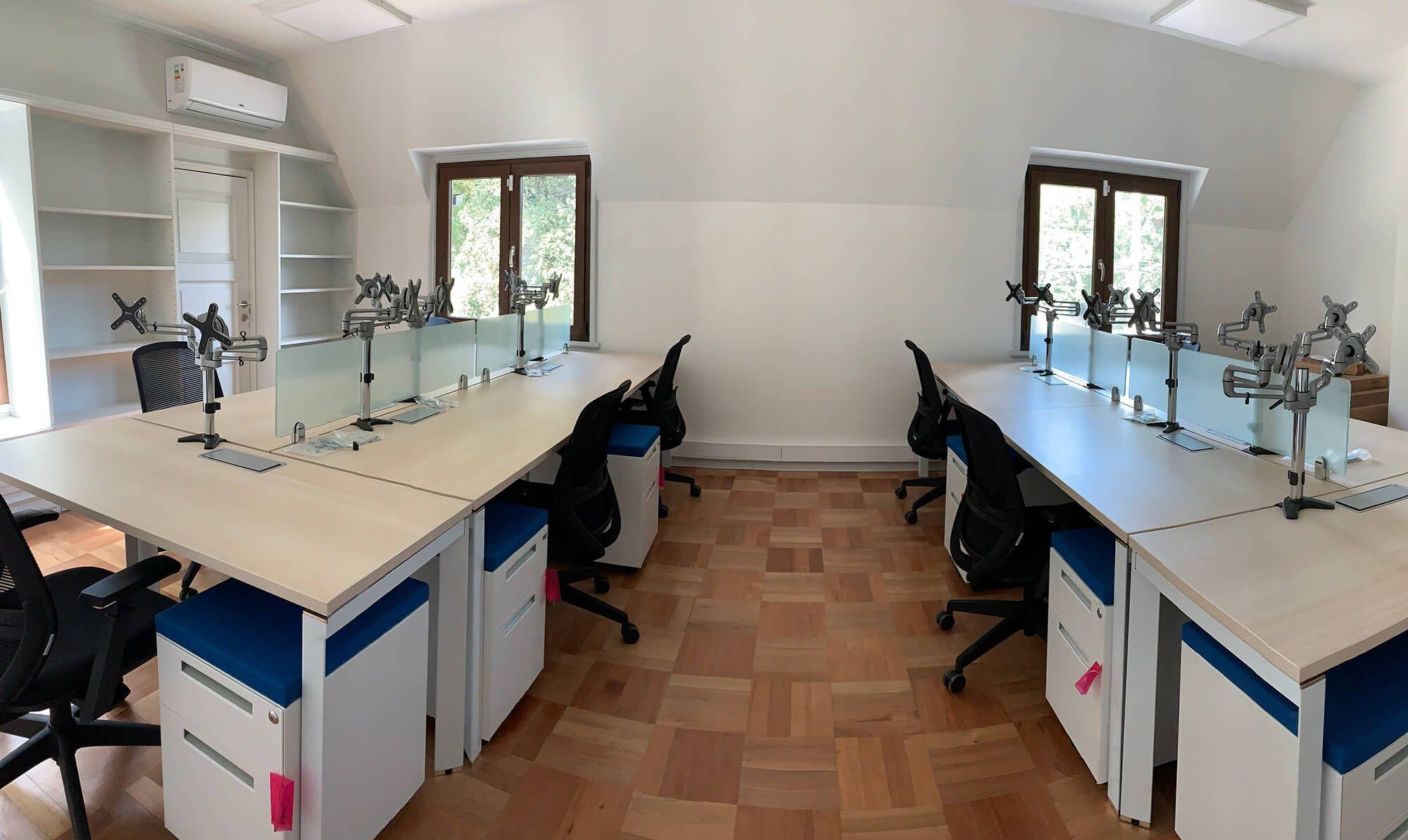 escritorios grupales versa