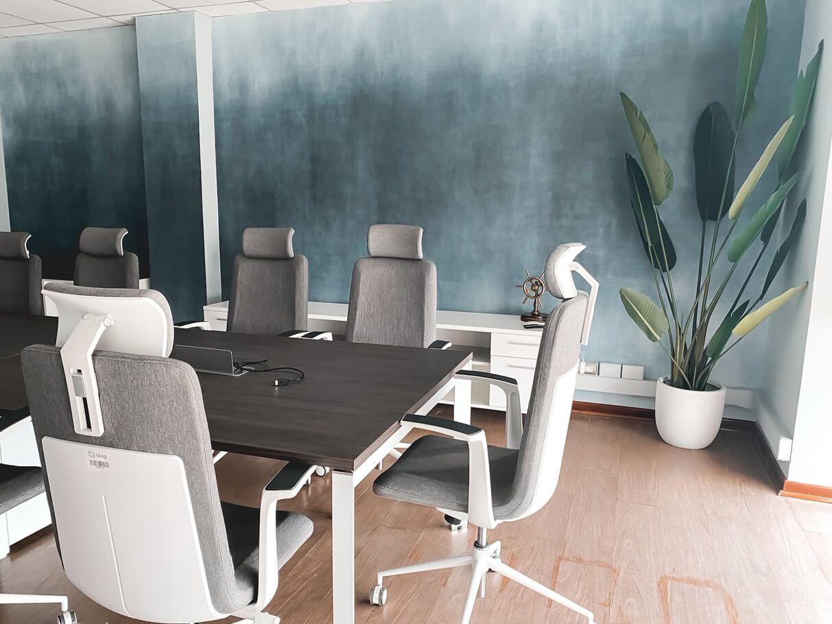mesa de conferencia versa silla ejecutiva alessia