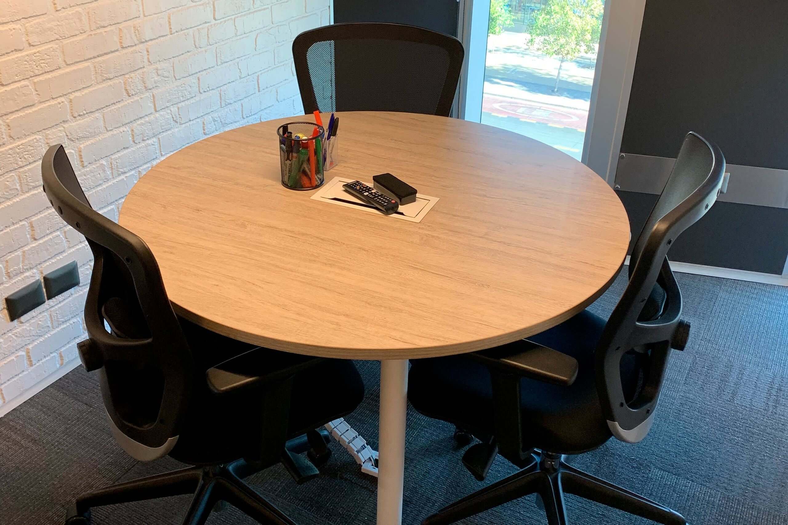 mesa de reunion versa redonda